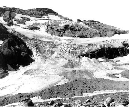 ледник Perdido Glacier на Mont Perdu (Monte Perdido) в Пиренеях 1910 год