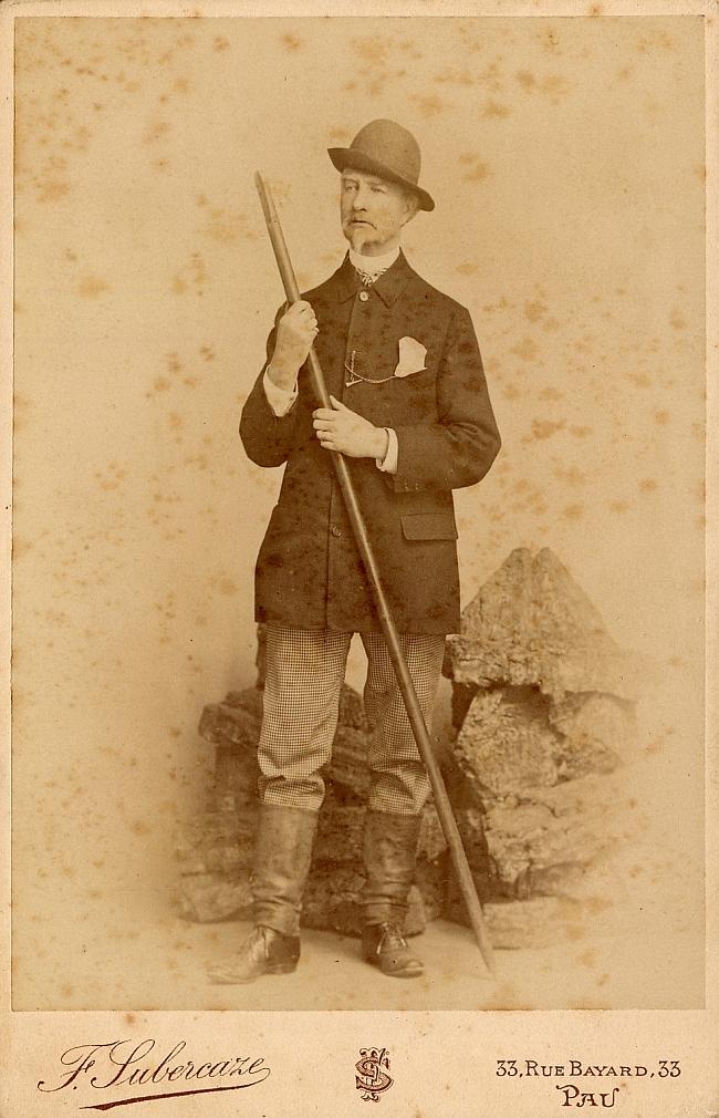 Генри Рассел (Henry Russell-Killough) в Пиренеях