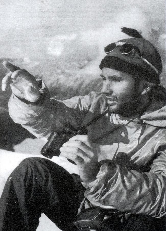 Лионель Террай  (Lionel Terray) во время экспедиции на Фитц Рой (Fitz Roy) 1952 год