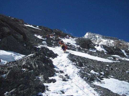 Фоторепортаж о восхождении украинца Виталия Кутнего на Эверест 19 мая 2012 года