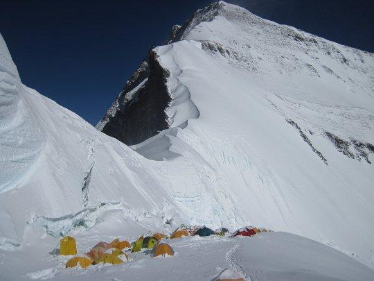 Эверест, лагерь-1 на 7000