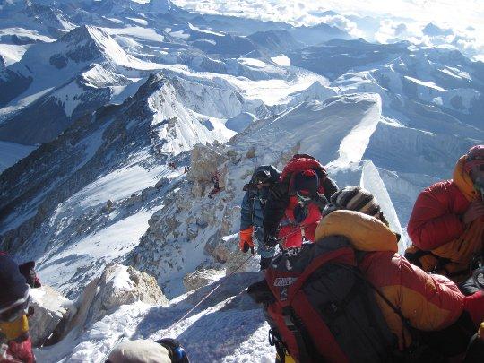 К вершине Эвереста