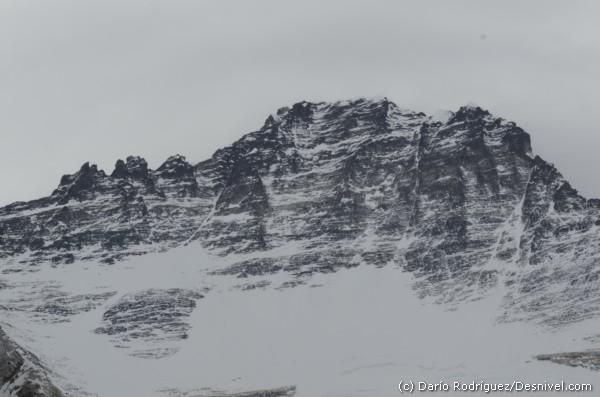 Лхоцзе три пика выше 8000 метров