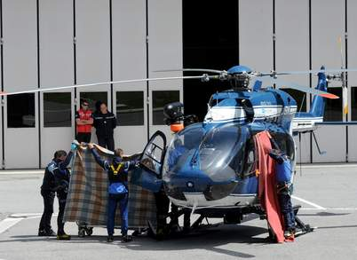 Доставка тел погибших альпинистов в Шамони 12 июля