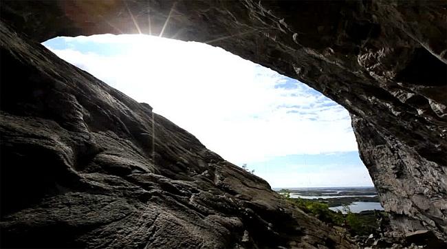 Норвежская пещера Hanshelleren  в регионе Flatanger