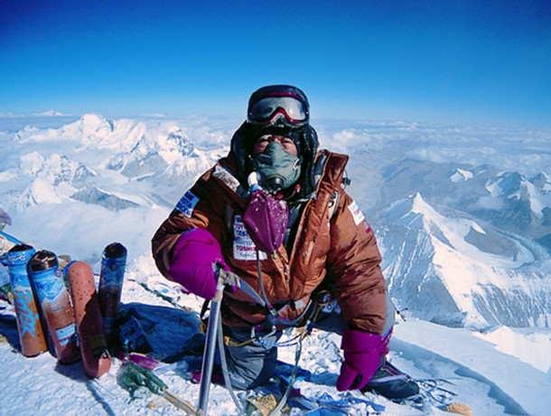 Юичиро Миура (Yuichiro Miura) на Эвересте в 2008 году