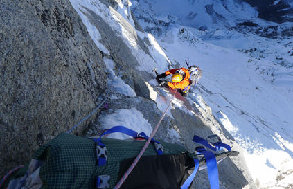 "Mick Fowler на маршруте ""Prow of Shiva"", Индийские Гималаи, пик Shiva 6.142м"