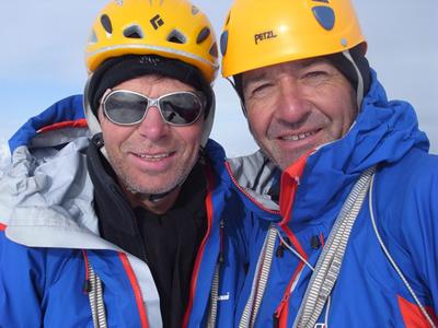 Mick Fowler и Paul Ramsden в 2010 году на вершине Sulamar