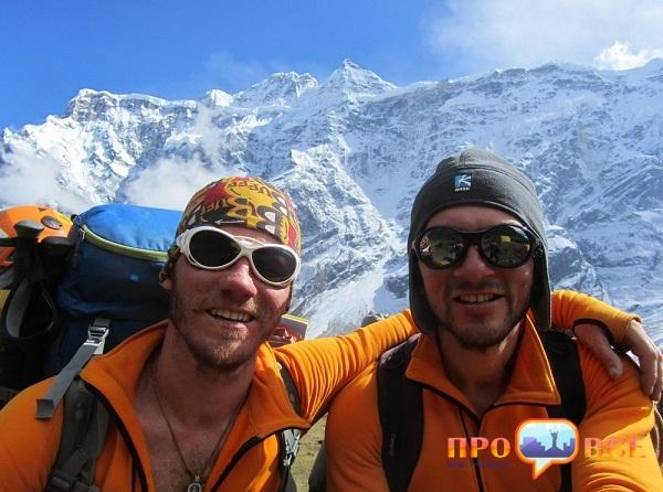 """В Гималаях украинские альпинисты назвали одну из вершин - пик """"Черкассы"""""""