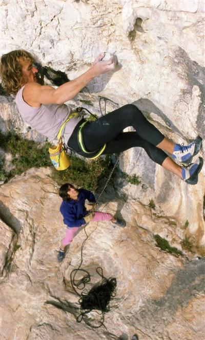 Патрик Эдлинже (Patrick Edlinger) на скалах Франции