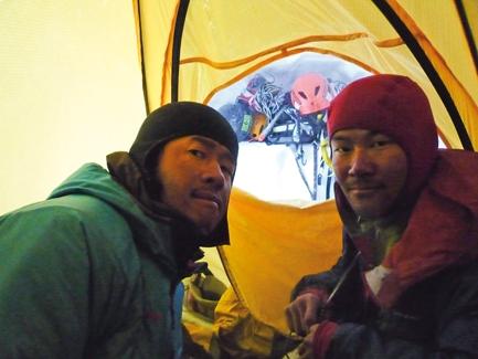 Ясуши Окада (Yasushi Okada) и Катсутака Йокояма (Katsutaka Yokoyama)