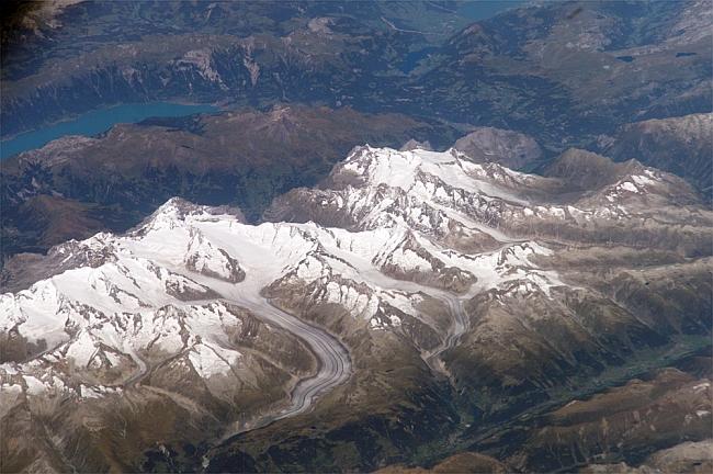 Ледник Алеч (Aletsch Glacier, Швейцария)  - вид со спутника