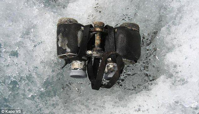 Бинокль, найденный рядом с телами альпинистов