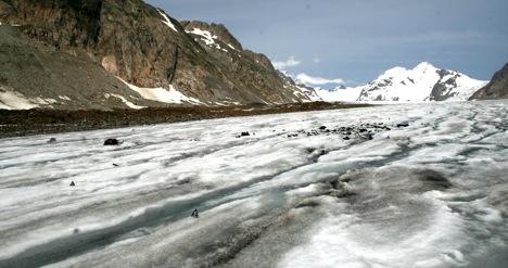 Место на леднике Алеч, где были найдены тела