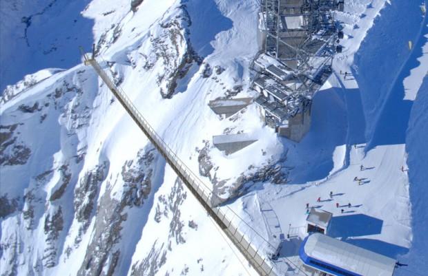 В Швейцарии открывается самый высокий пешеходный подвесной мост в Европе