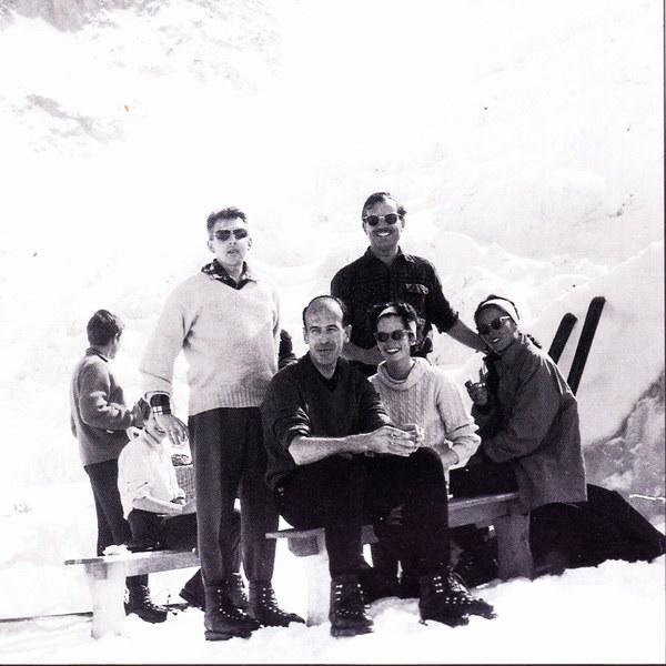 Морис Эрцог (Maurice Herzog) На лыжах с будущим президентом Валери Жискар д
